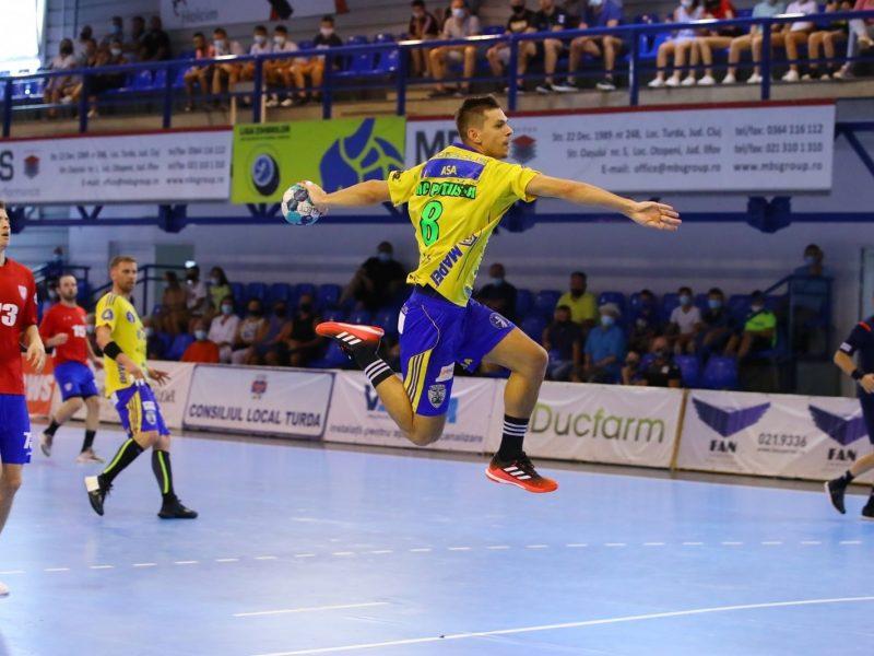 Handbal-sase jucatori de la Potaissa convocati la echipa nationala de seniori.