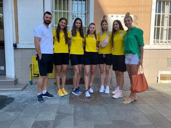 Incepe voleiul de prima liga la Turda-vizita medicala a fost trecuta de catre sportive.