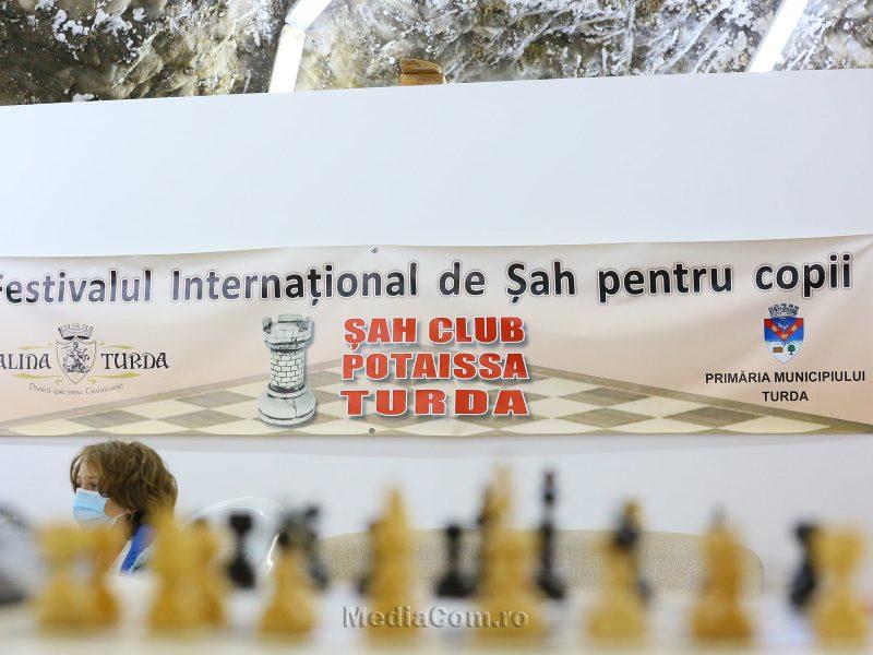 Festival International de Sah pentru copii-Cupa Salina la Sah se joaca in subteran.