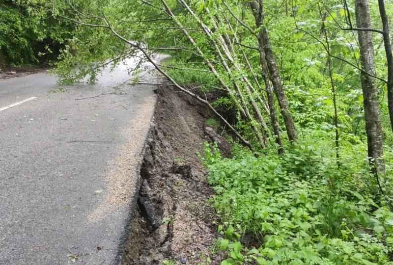 Consiliul Județean Cluj va demara refacerea mai multor sectoare de drum județean și a nu mai puțin de opt podețe afectate de calamitățile naturale produse în cursul anului 2021.