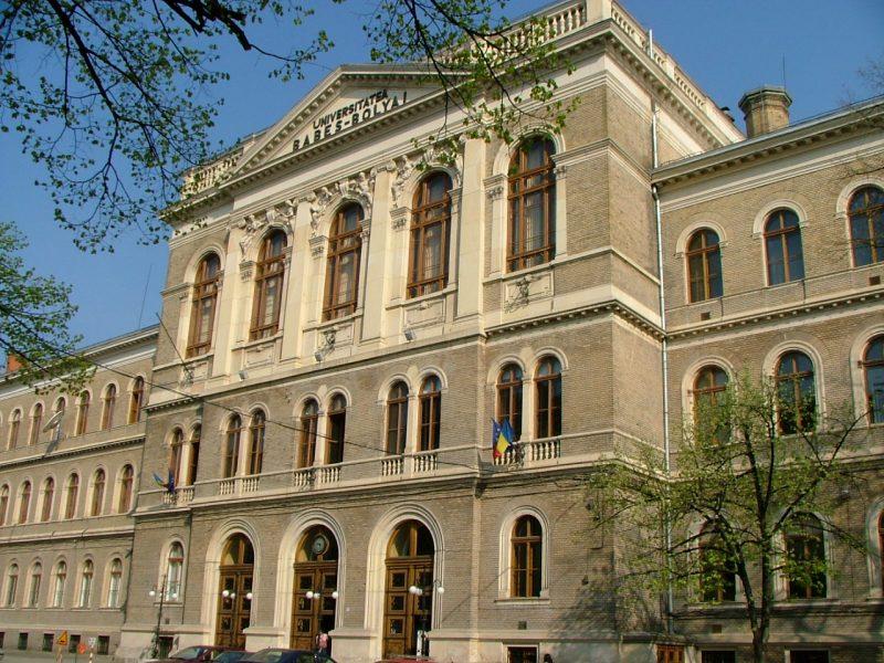 Cursurile universitare vor incepe la Cluj din 27 septembrie-UBB lasa fiecare facultate sa aleaga cum vor participa studentii la ore.